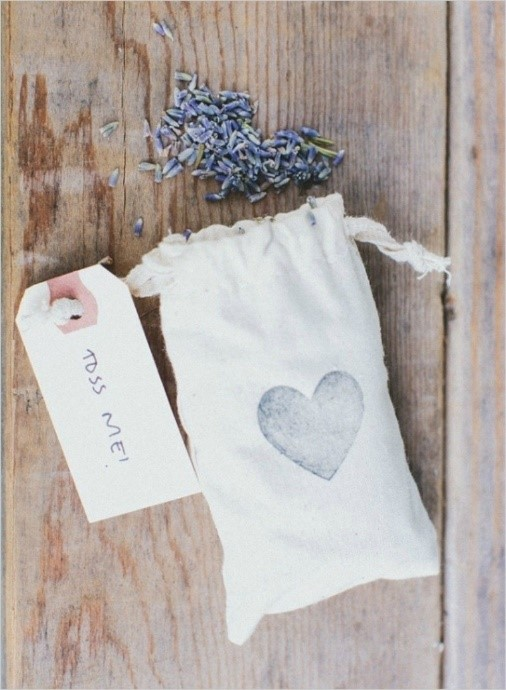 Eco Bag with Lavender Petals To Throw