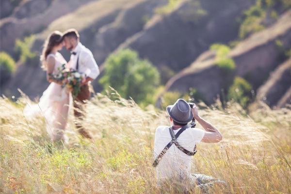 Bridal Expos - Choosing a wedding photographer